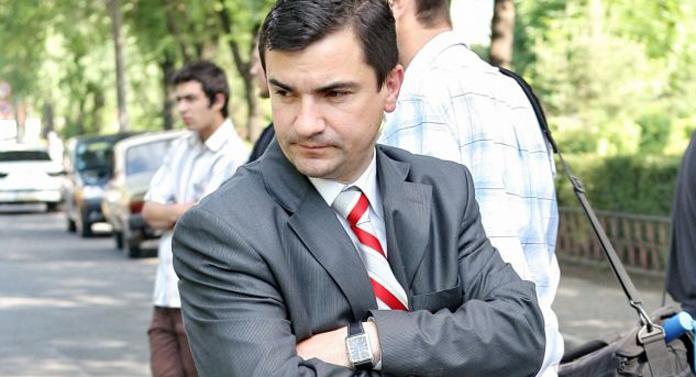 Ce scria BZI despre primarul Mihai Chirica prin 2004…