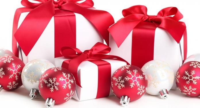 Cât cheltuie românii pentru cadourile de Crăciun