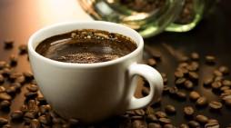 Nu vă lăsaţi păcăliţi de dieta pe bază de cafea
