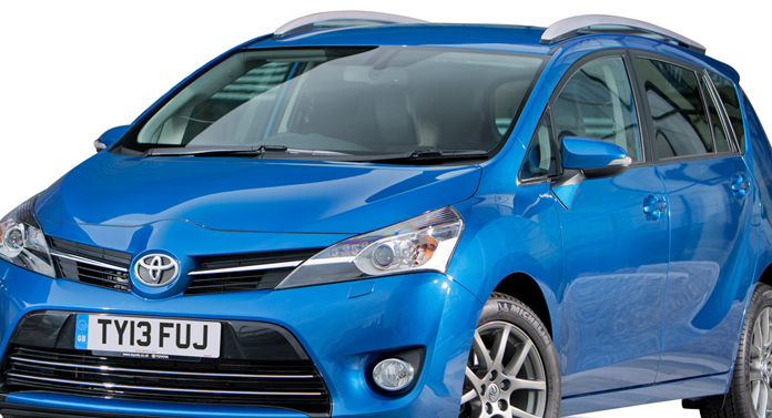 Pentru a cincea lună consecutiv, Toyota a depăşit Volkswagen