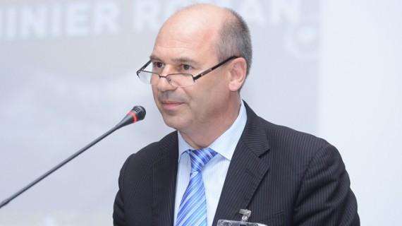 Președintele relaxat din fruntea Consiliului Județean Iași