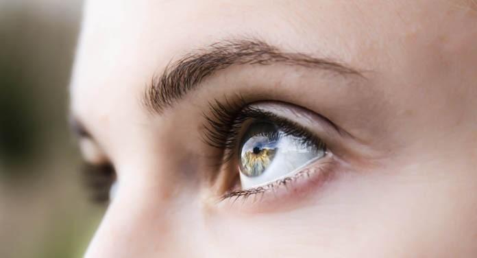 """Ochii sunt """"oglinda sănătății"""""""