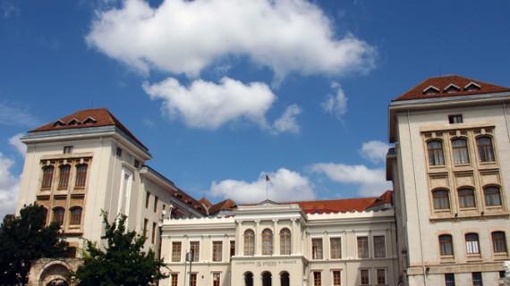 Angajări în universitățile ieșene