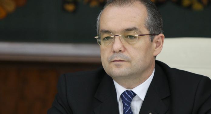 Activitatea lui Emil Boc la Cluj şi activitatea lui Mihai Chirica la Iaşi