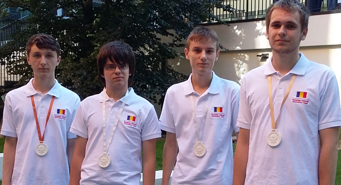 Elev din Vaslui, medaliat la Olimpiada Balcanică de Informatică