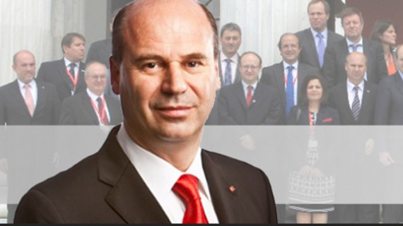 """Circ în Consiliul Județean pe """"făbricuțele"""" lui Maricel Popa"""