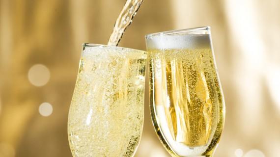 4 august 1693 – ziua în care a fost inventată şampania