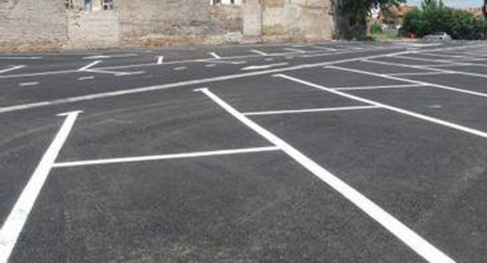 Locuri de parcare scoase la licitaţie