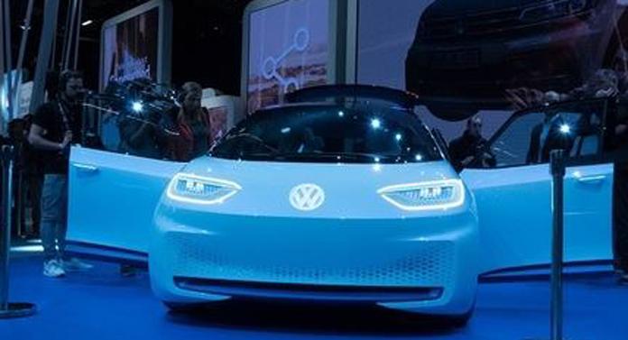Inovație și îndrăzneală la Salonul Auto de la Paris