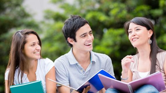Percheziții la Universitatea Tehnică din Cluj, în timpul unui examen
