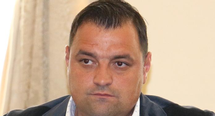 A mai căzut un susţinător de-al lui Mihai Chirica