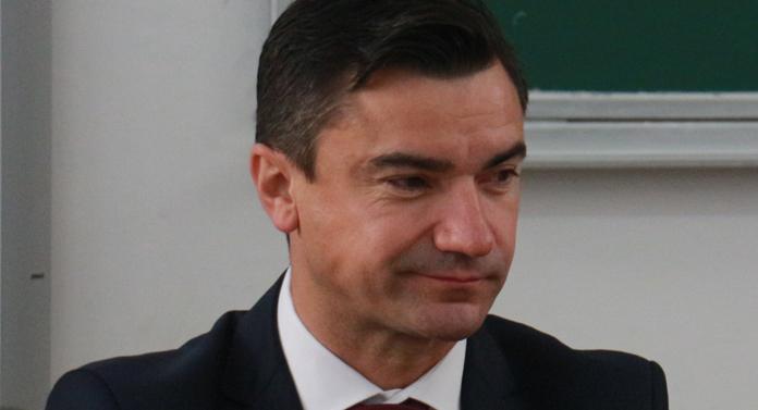 Chirica, încolțit de consilieri în cazul schimbului de terenuri cu Zămosteanu