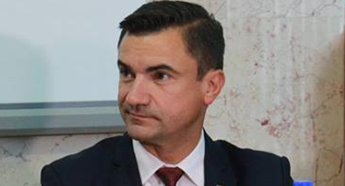 """O nouă """"realizare"""" a lui Mihai Chirica: Iașiul a ratat titlul de Capitală a Tineretului din România"""