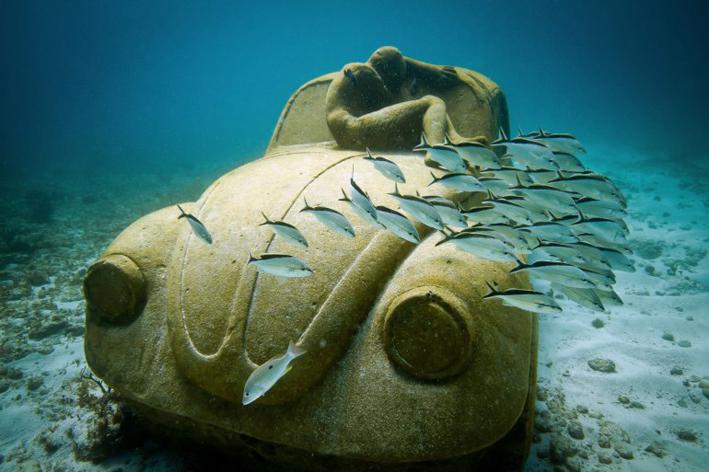 muzeu-subacvatic-1