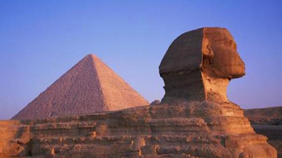 Descoperiri epocale în piramida lui Keops