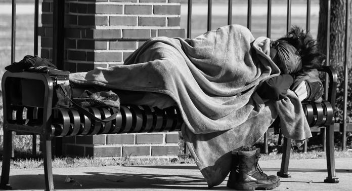 Un român din cinci se confruntă cu o sărăcie severă
