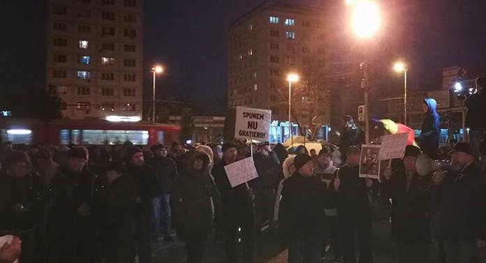 Peste 2.000 de ieșeni au protestat împotriva Guvernului