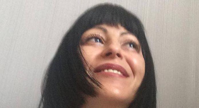 În sfârșit, presa se curăță. Ramona Ursu a dezertat de la Adevărul!