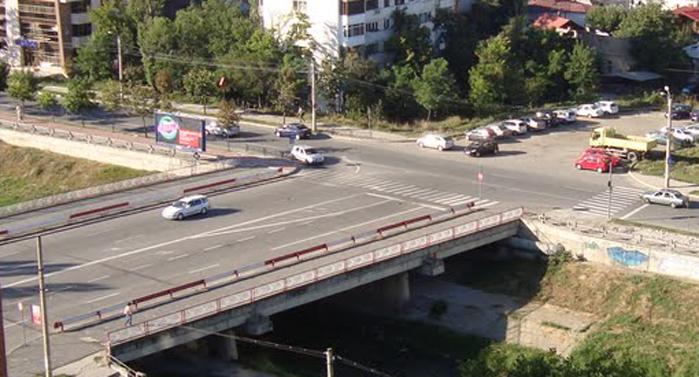 Circulaţie închisă pe şoseaua Naţională, între Podul Cantemir şi Podul de Piatră