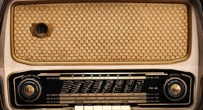 50 de firme se bat pentru două frecvenţe radio la Iaşi