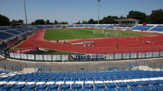 Fără stadion nou. Chirica promite modernizarea celui din Copou