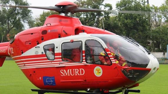 Botoșănean adus cu elicopterul la Iași, după ce a căzut de pe casă