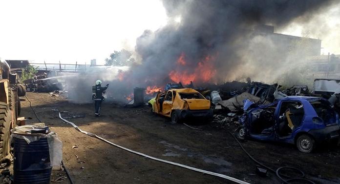 Incendiu la Bârlad. Pompierii intervin cu 6 mașini