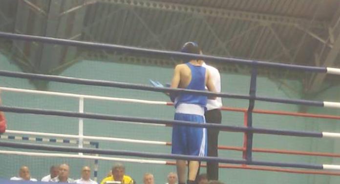 Prins dopat, un boxer ieșean riscă o suspendare de doi ani