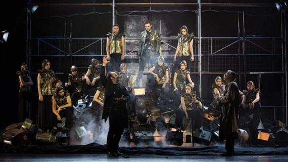 Două spectacole ale Naționalului ieșean, pregătite să participe la primul festival al toamnei