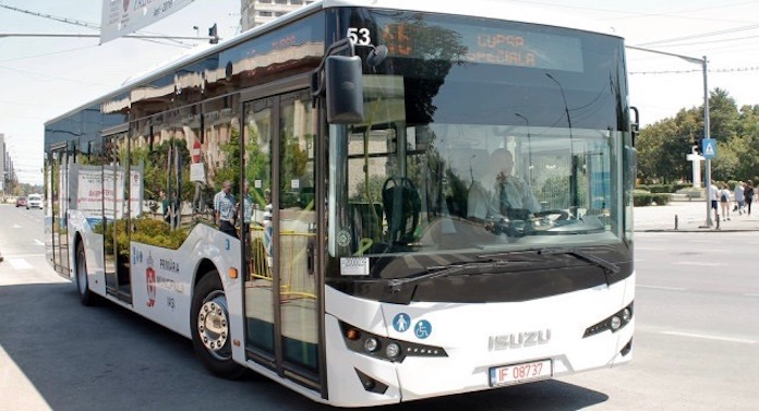 """O nouă """"reușită"""" a lui Chirica: Autobuzele noi au probleme cu… noxele!"""
