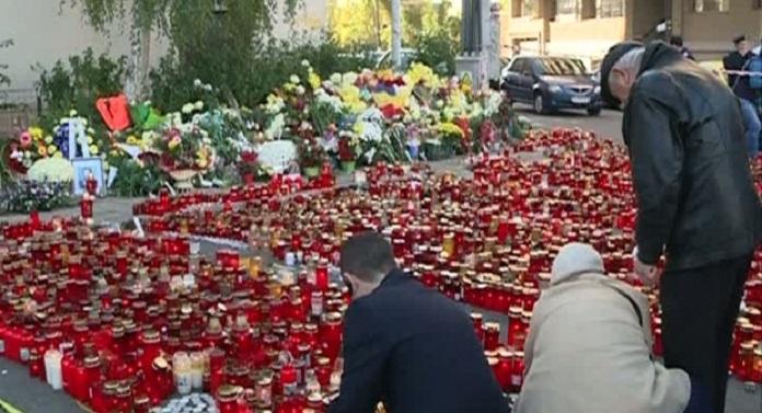 Marș în memoria victimelor de la Colectiv