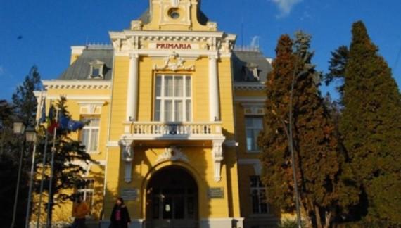 Fără transport gratuit pentru pensionarii din Botoșani cu venituri de peste 1.900 de lei