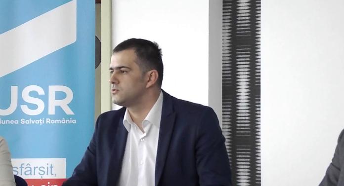Deputat de Bacău acuzat că a colaborat cu SRI! Reacţia deputatului