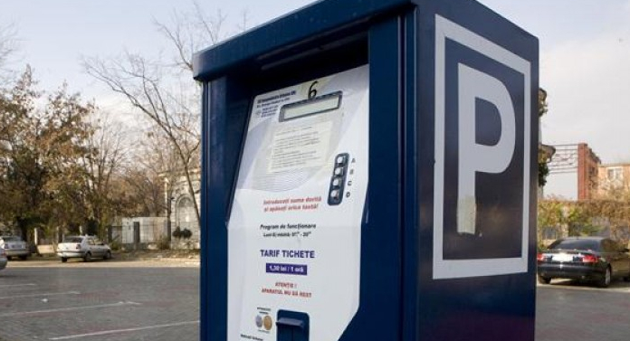 Primăria Botoșani redeschide parcările cu plată