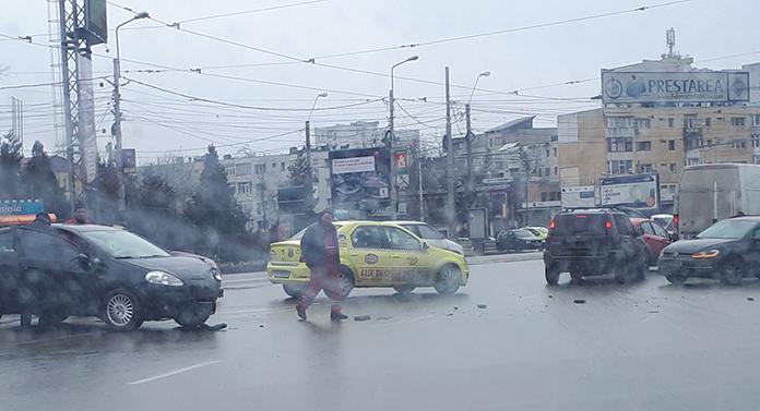 Accident în Podu Roș EXCLUSIV