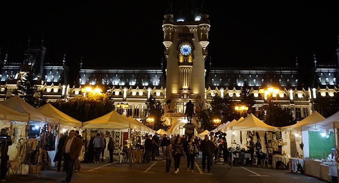 2.000 de lampioane la Palatul Culturii, de Ziua Unirii Principatelor