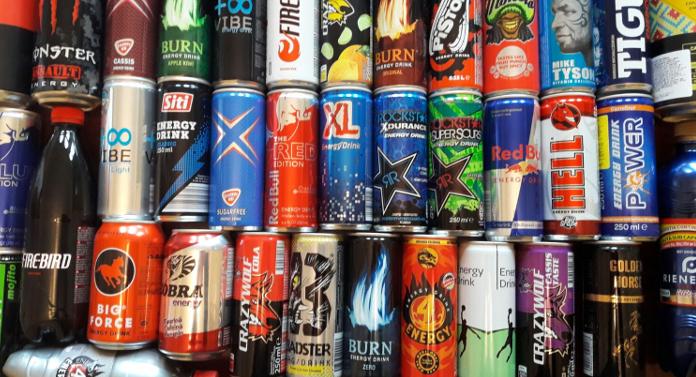 Ministerul Sănătăţii vrea să interzică vânzarea băuturilor energizate tinerilor sub 18 ani