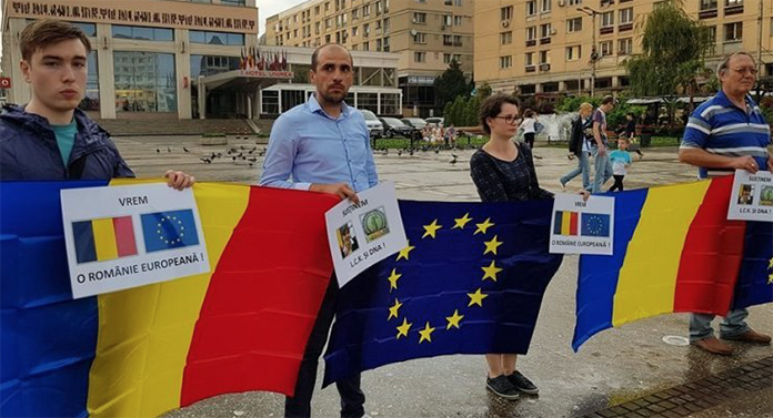Manifestație de susținere a șefei DNA, la Iași