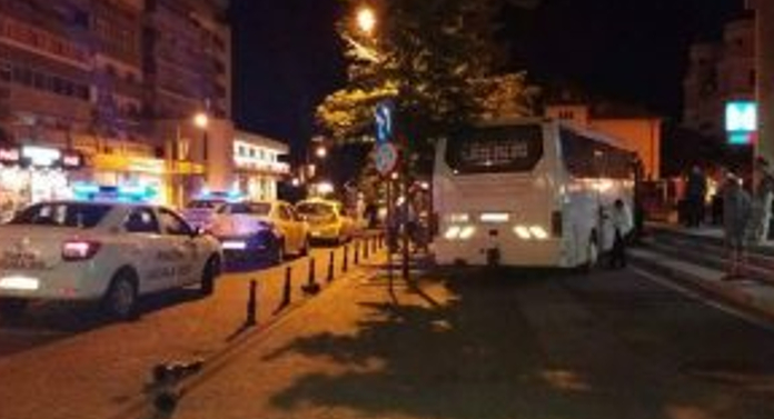 Un autocar a scăpat de sub control pe Pietonal