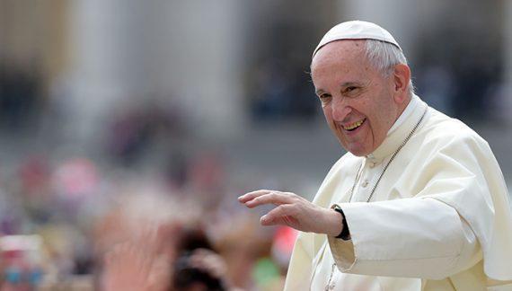 Ce vor mânca invitații la recepţia organizată cu ocazia venirii Papei Francisc