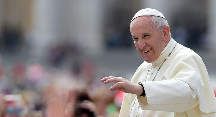 Pregătirile pentru venirea Papei Francisc, pe ultima sută de metri