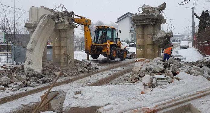 Speriat, Chirica anunță că încep lucrările pentru mutarea porții Cimitirului Evreiesc