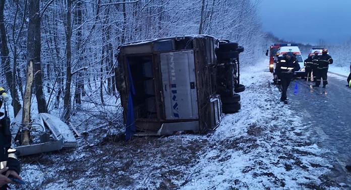 Accident cumplit la Dobrovăț, în urmă cu puțin timp. S-a activat planul roșu de intervenție