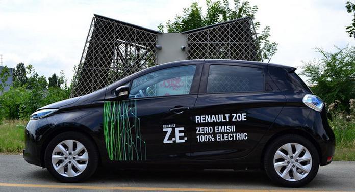 Ce mașină a primit Chirica gratuit de la Renault