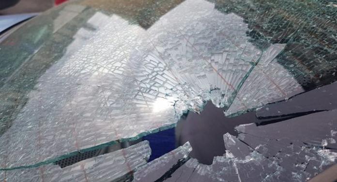 Mașina șefului Serviciului de Ordine Publică din cadrul Poliției Locale Suceava a fost vandalizată