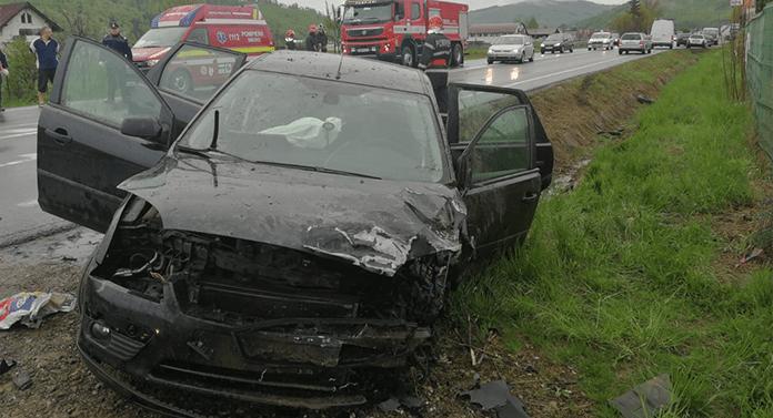 Accident TERIBIL astăzi. 5 persoane au ajuns la spital
