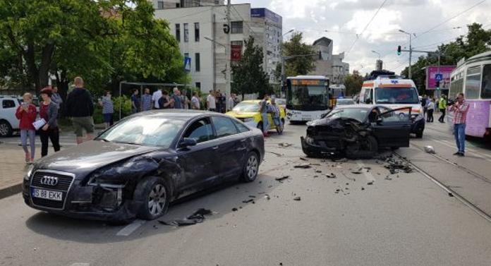 Accident cu victime pe strada Palat