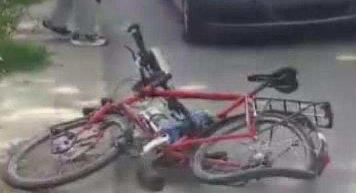 Doi biciclişti, omorâţi de un şofer de 23 de ani!