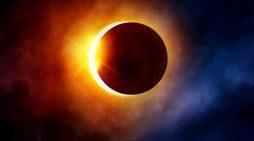 Eclipsă de Lună în această noapte, vizibilă şi din România
