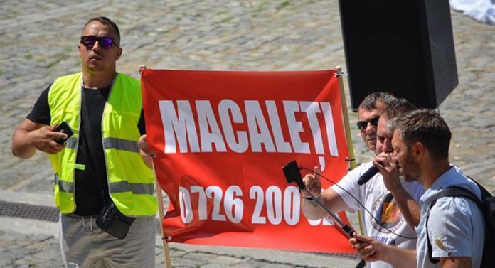 Protest la Botoșani pentru drumuri decente în județ